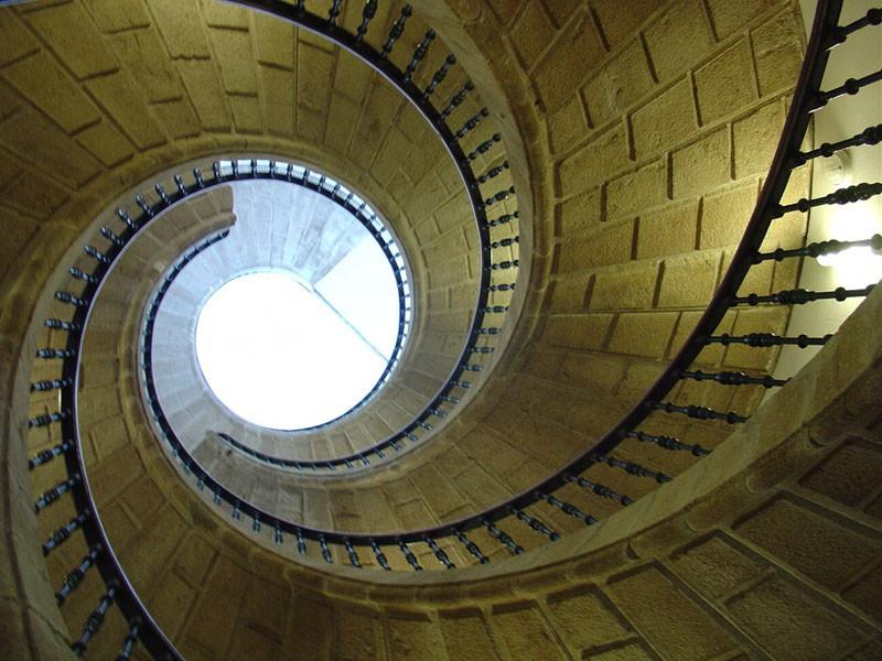 Escalera san domingos bonaval